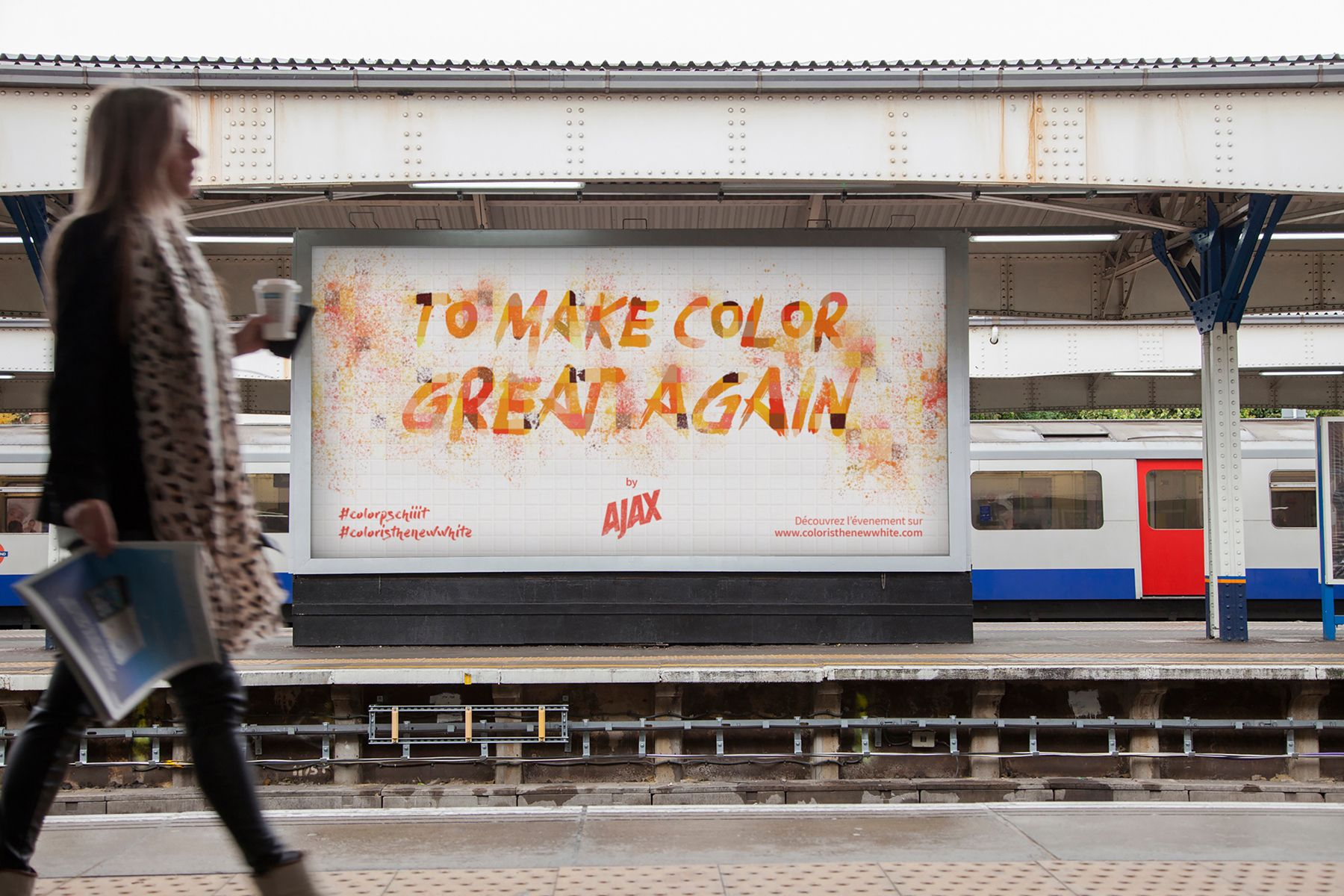 """Campagne gare """"Color is the New White"""""""